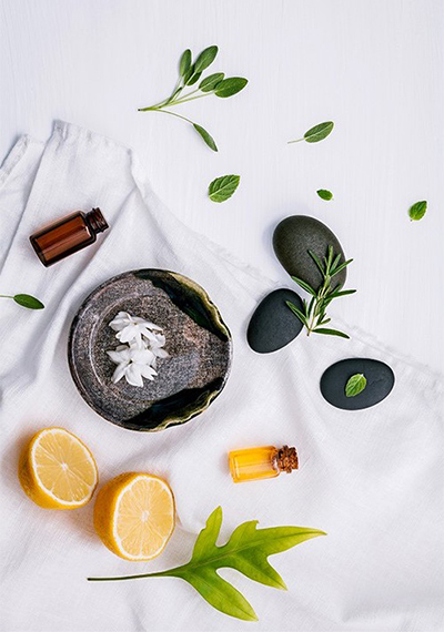 Aceites esenciales, bienestar a través de los aromas